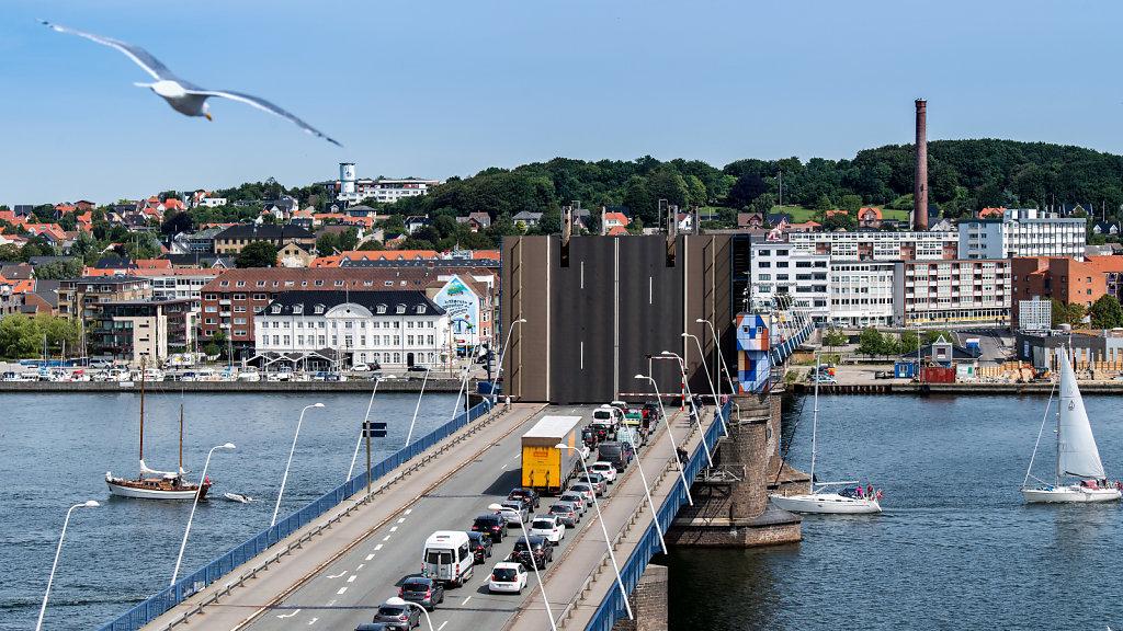 Limfjordsbroen.jpg