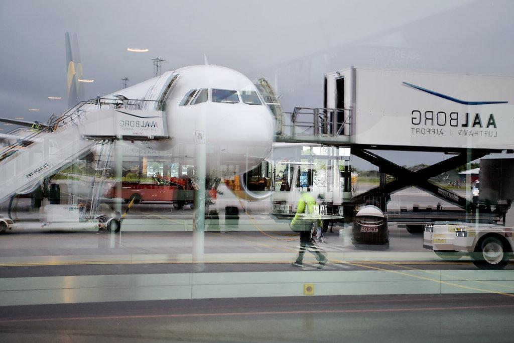 Charterfly3.jpg